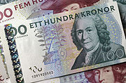How much is 1USD worth in Swedish crowns?