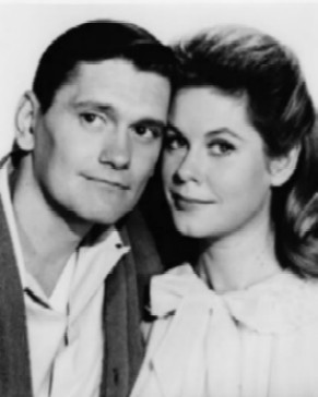 Elizabeth Montgomery & Dick York played Samantha & Darrin Stephens but who had been the original choice for the roles?