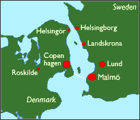 How far across the Öresund is it from Helsingör, Denmark to Helsingborg, Sweden?