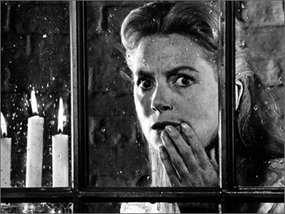 Which horror/thriller is this scene from? Starred Deborah Kerr as a Governess in a haunted house.