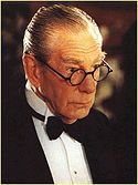 Who played Alfred in all the Burton & Schumacher movies?