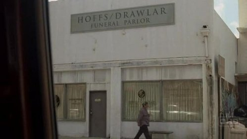 HOFFS/DRAWLAR (the funeral parlor) is located in???