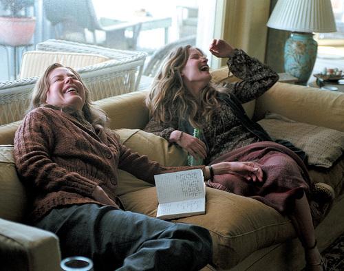 What film stars Nicole Kidman and Jennifer Jason Leigh as sisters?