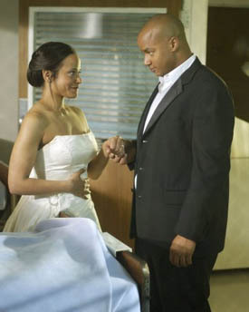What present does Turk give to Carla in Season 1 that was previously in someone's body?