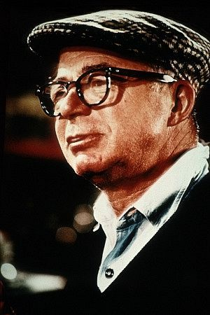 Billy Wilder won Oscars for escritura on all the following films, except for which one?