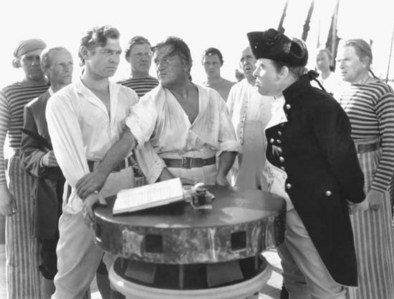 Who played Captain Bligh in the 1935 version of 'Mutiny on the Bounty'?