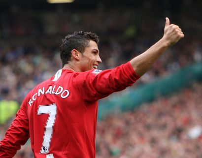 Did Ronaldo was the first Portuguese that play in the Manchester United?