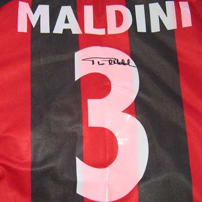 What will happen to the Number 3 shirt after Maldini leaves?