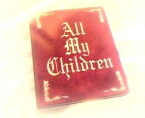 "Which ""Buffy The Vampire Slayer"" Pelakon wanita were in ""All My Children""?"