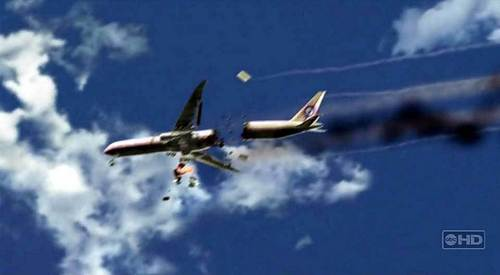 What time was the doomed Oceanic Flight 815 supposed to land and where?