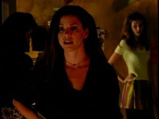 Who is the boy's name that Cordy and Buffy are fighting over in season 1?