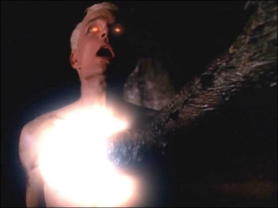 Spike gets his soul for pag-ibig of Buffy... Huh?