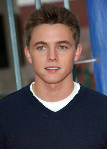 Jesse McCartney is hot Single!