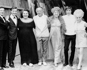 Cast of Carry On
