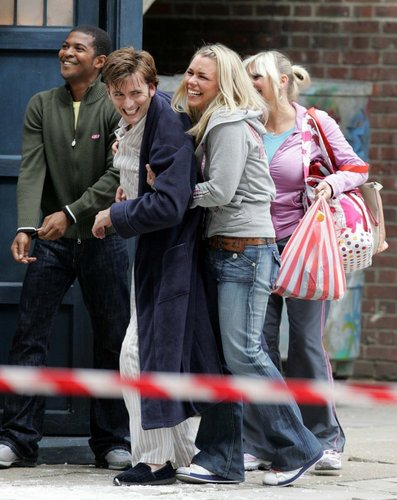 David & Billie On Set