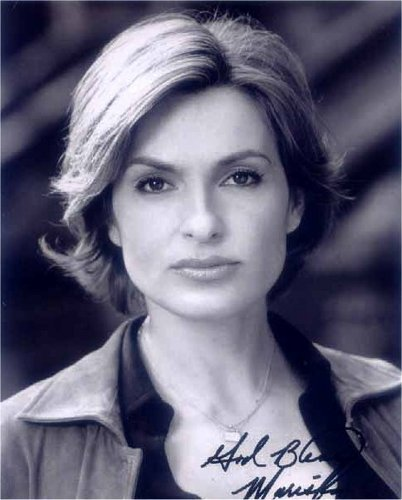MH as Olivia Benson