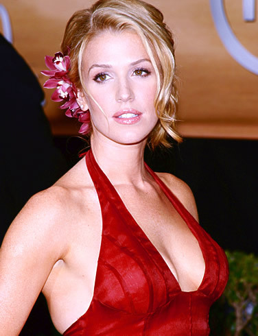 Poppy Montgomery images Poppy Montgomery wallpaper and ...