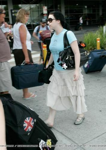Amy Lee arrives in Melbourne, Australia
