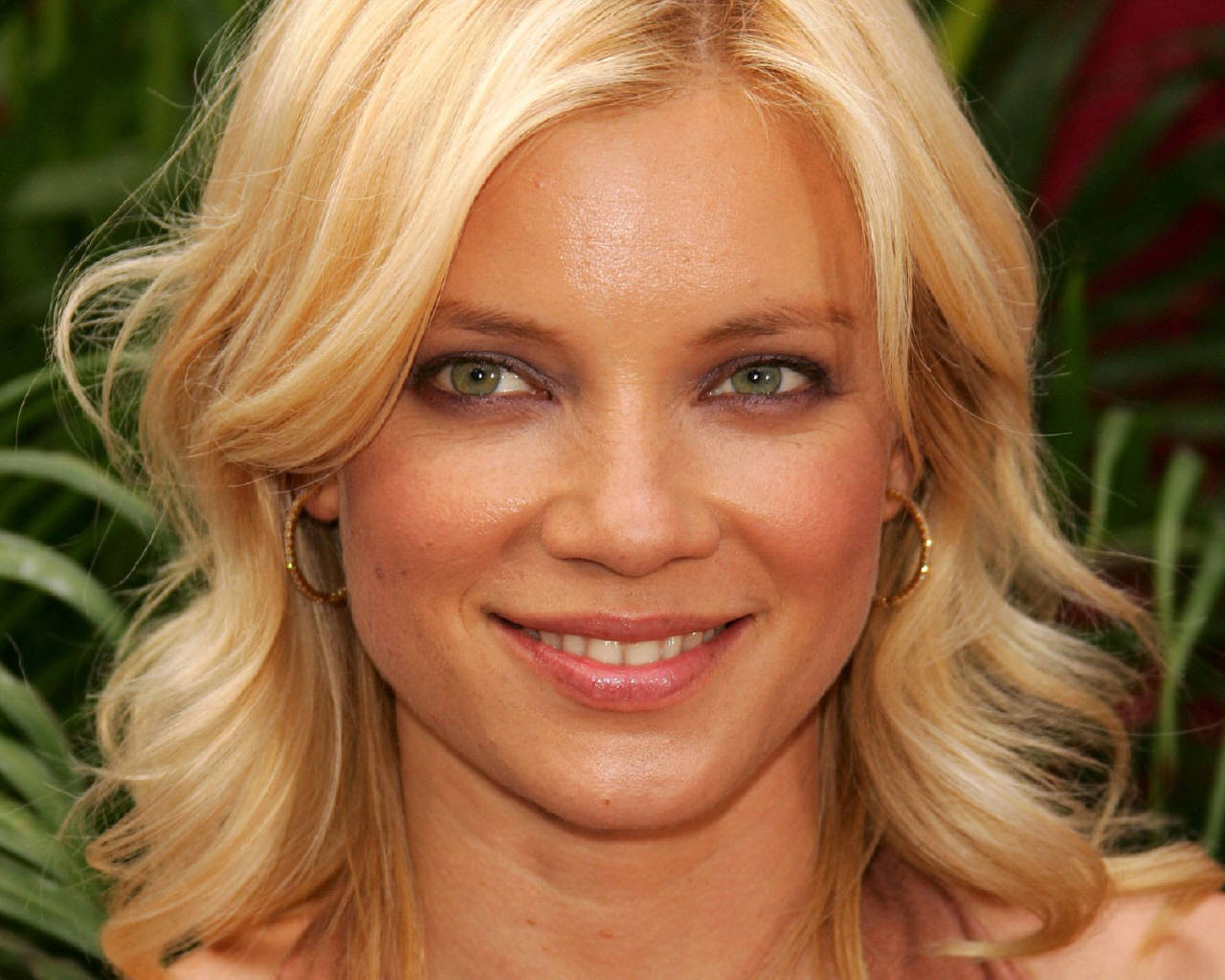 Amy Smart Naked amy smart – topless in road trip – celebsflash