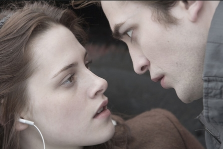 Edward + Bella Screenshot