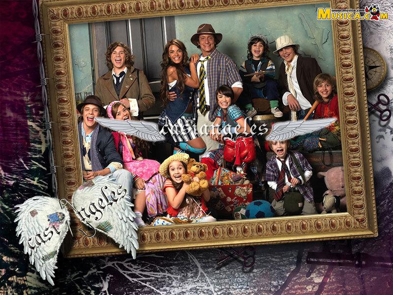 http://images1.fanpop.com/images/photos/1300000/Vanessa-HCA-wallpaper-casi-angeles-1323706-800-600.jpg
