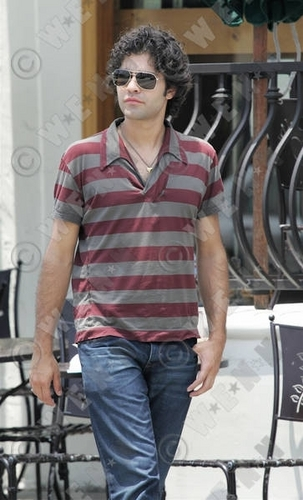 ADRIAN GRENIER AND CAST OF ENTOURAGE FILM AT URTH CAFFE JUNE 16, 2008