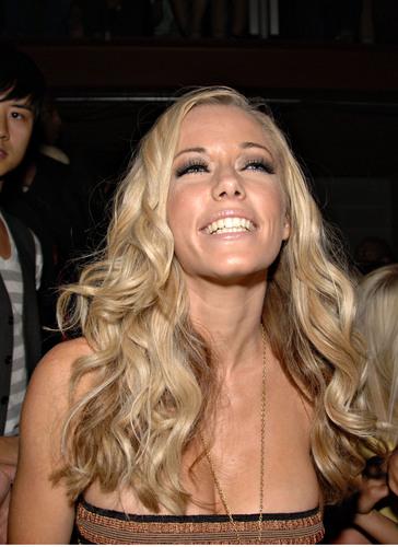 Hots Wilkenson Girls Next Door Nude HD