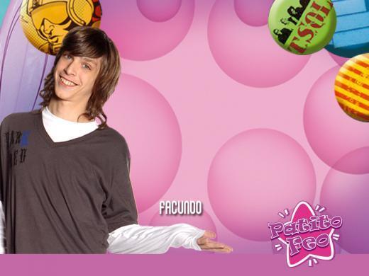 http://images1.fanpop.com/images/photos/1900000/Brian-Vainberg-Facundo-patito-feo-1972120-520-390.jpg