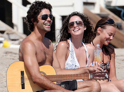 "Adrian Grenier channels his inner Vincent Chase to get over his ""heartbreak"""