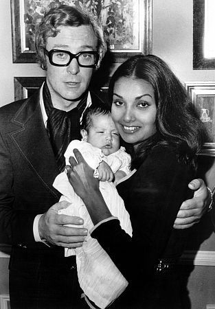 Michael Caine, Shakira and daughter