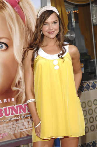 Arielle at House Bunny premiere