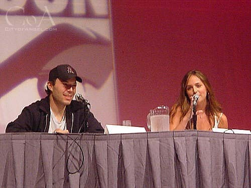eliza dushku at comic con 2003