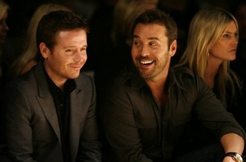 Kevin Connolly & Jeremy Piven are always in Fashion!