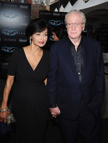 Michael Caine and wife シャキーラ